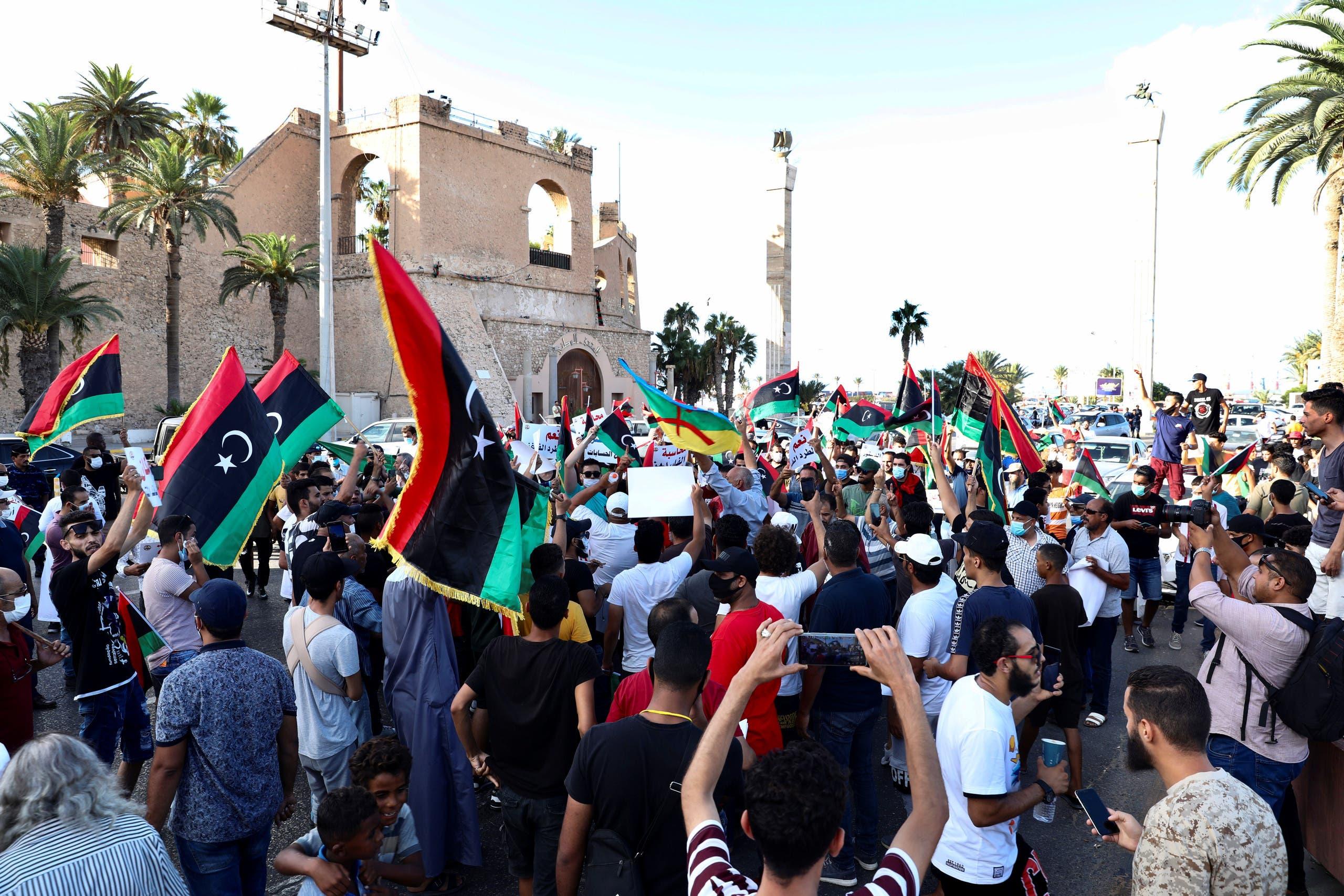 من طرابلس يوم 25 أغسطس