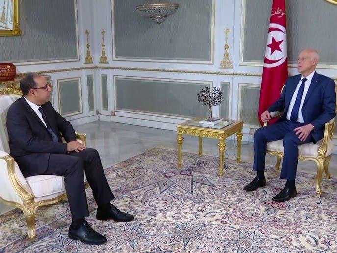 عاشر حكومة تونسية تبصر النور.. ورئيسها يتعهد بالاستقلالية وإنعاش الاقتصاد