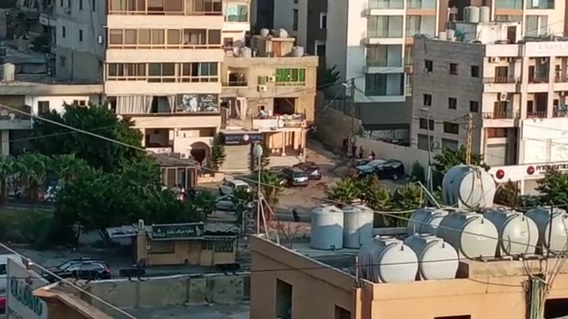Clashes in Beirut's southern town of Khaldeh erupt between local tribes and Hezbollah