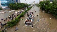 ''روشنیوں کا شہر'' کراچی اندھیروں کے بعد اب سیلاب میں ڈوب گیا،19 افراد ہلاک