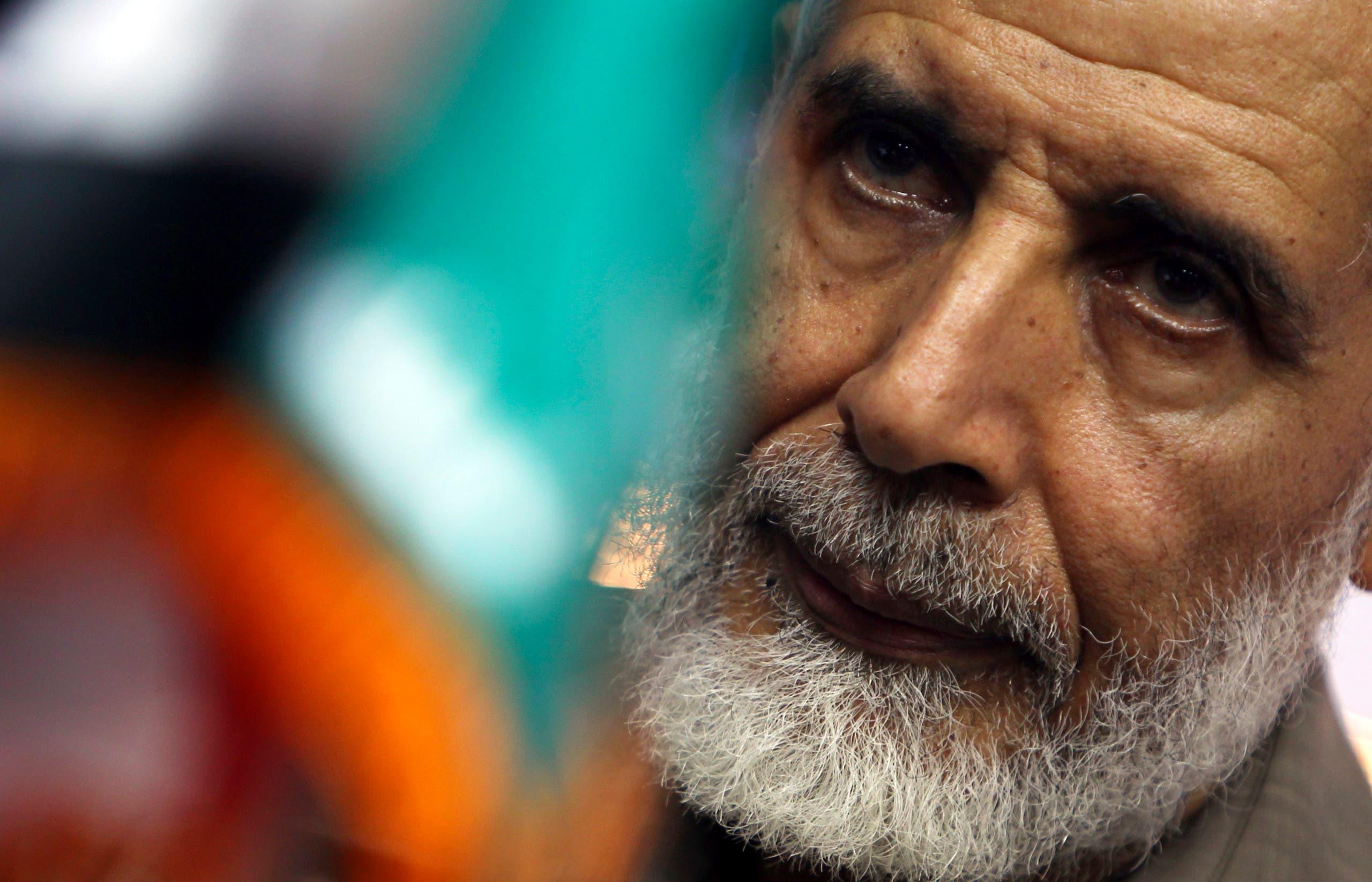 محمود عزت.. الكنز الذي يكشف الأسرار عن الجماعة المحظورة