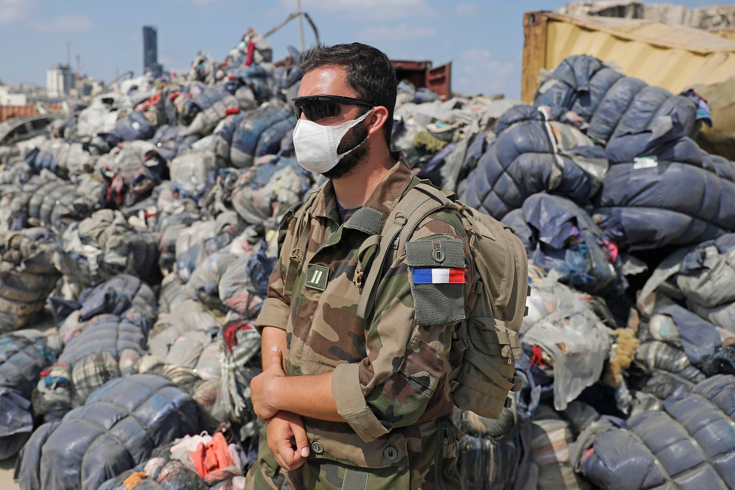 جندي فرنسي في مرفأ بيروت