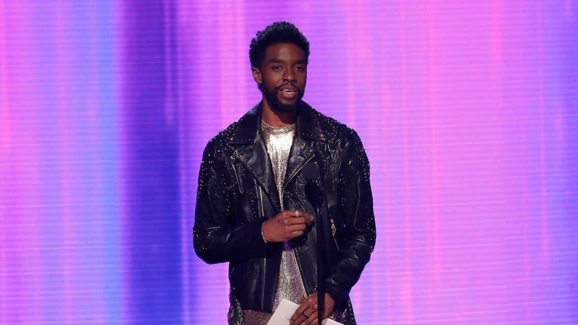 Chadwick Boseman presents the Favorite Artist Alternative Rock award. (File photo: Reuters)