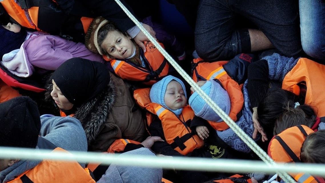 صورة لمهاجرين من تركيا إلى اليونان - أرشيفية