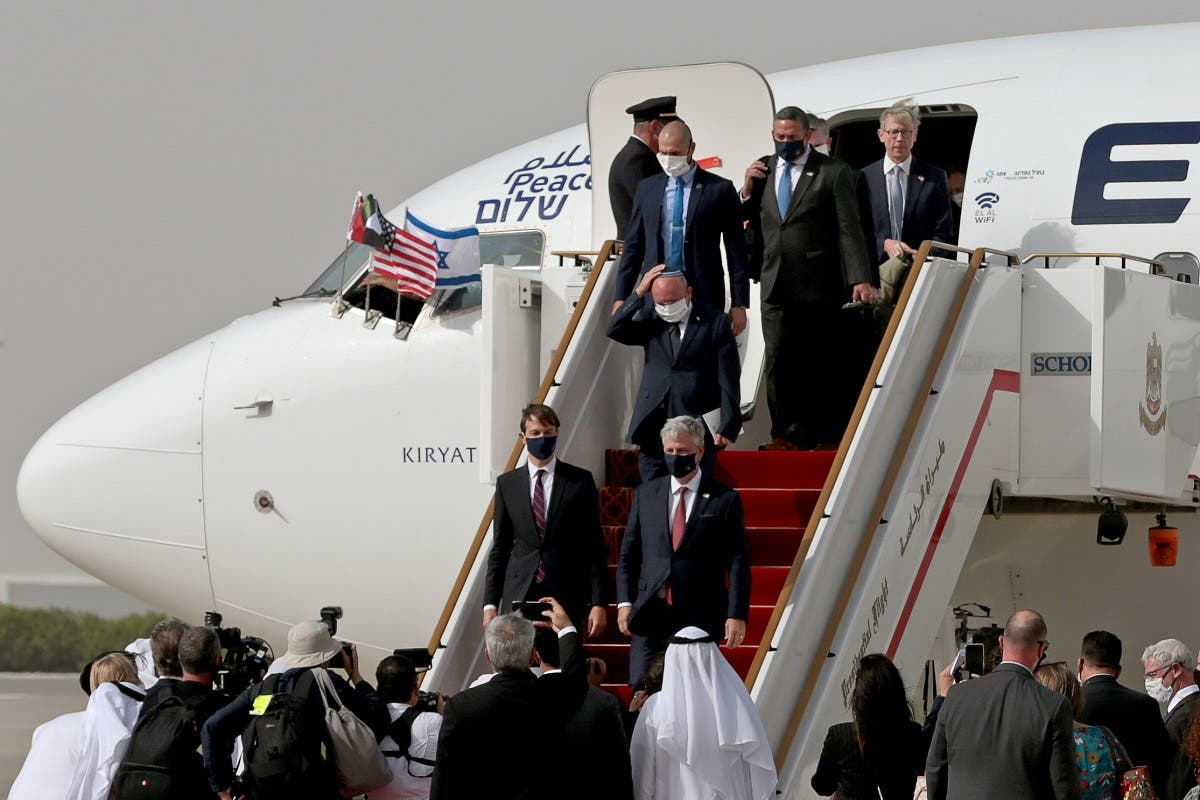 White House Senior Adviser Jared Kushner and National Security Adviser Robert O'Brien, right, disembark a plane upon landing at Abu Dhabi International Airport on August 31, 2020. (Reuters)