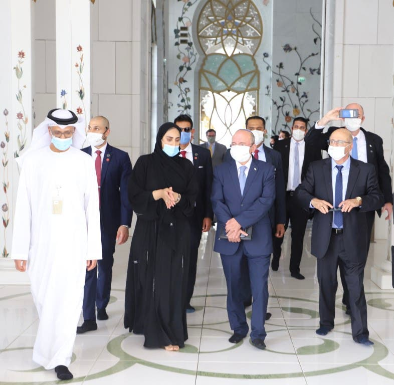 Head of Israel's National Security Council visits UAE's Sheikh Zayed Grand Mosque. (WAM)