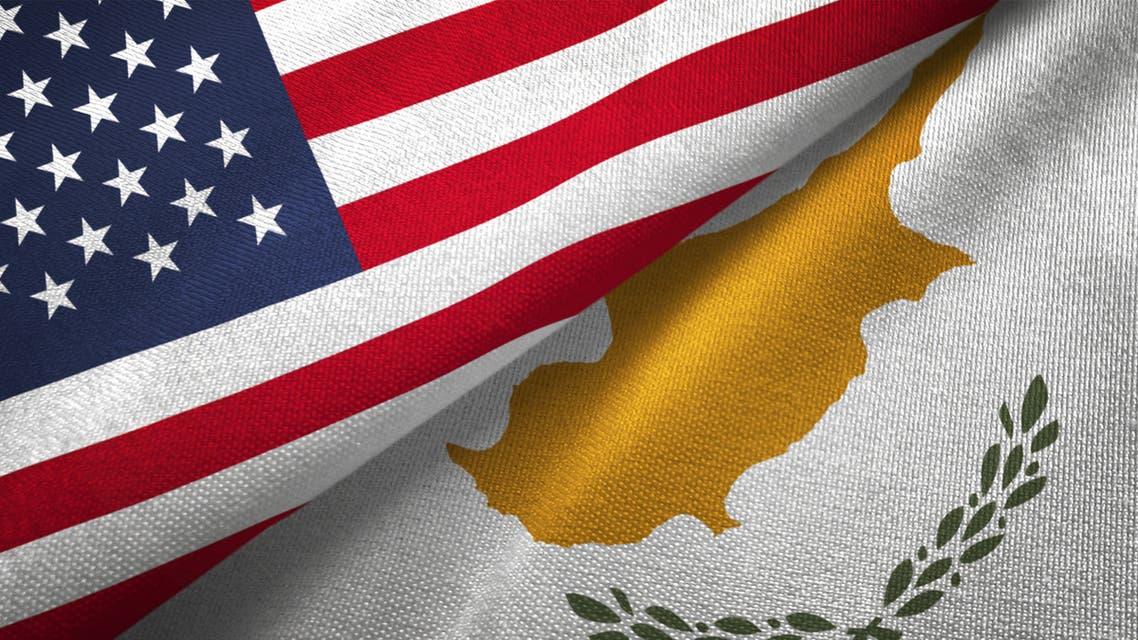 أعلام قبرص و أميركا