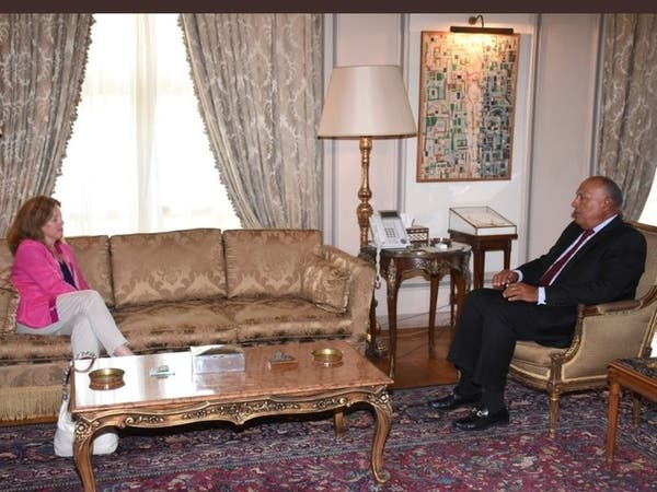 شكري يلتقي المبعوثة الأممية حول الحل السياسي بليبيا