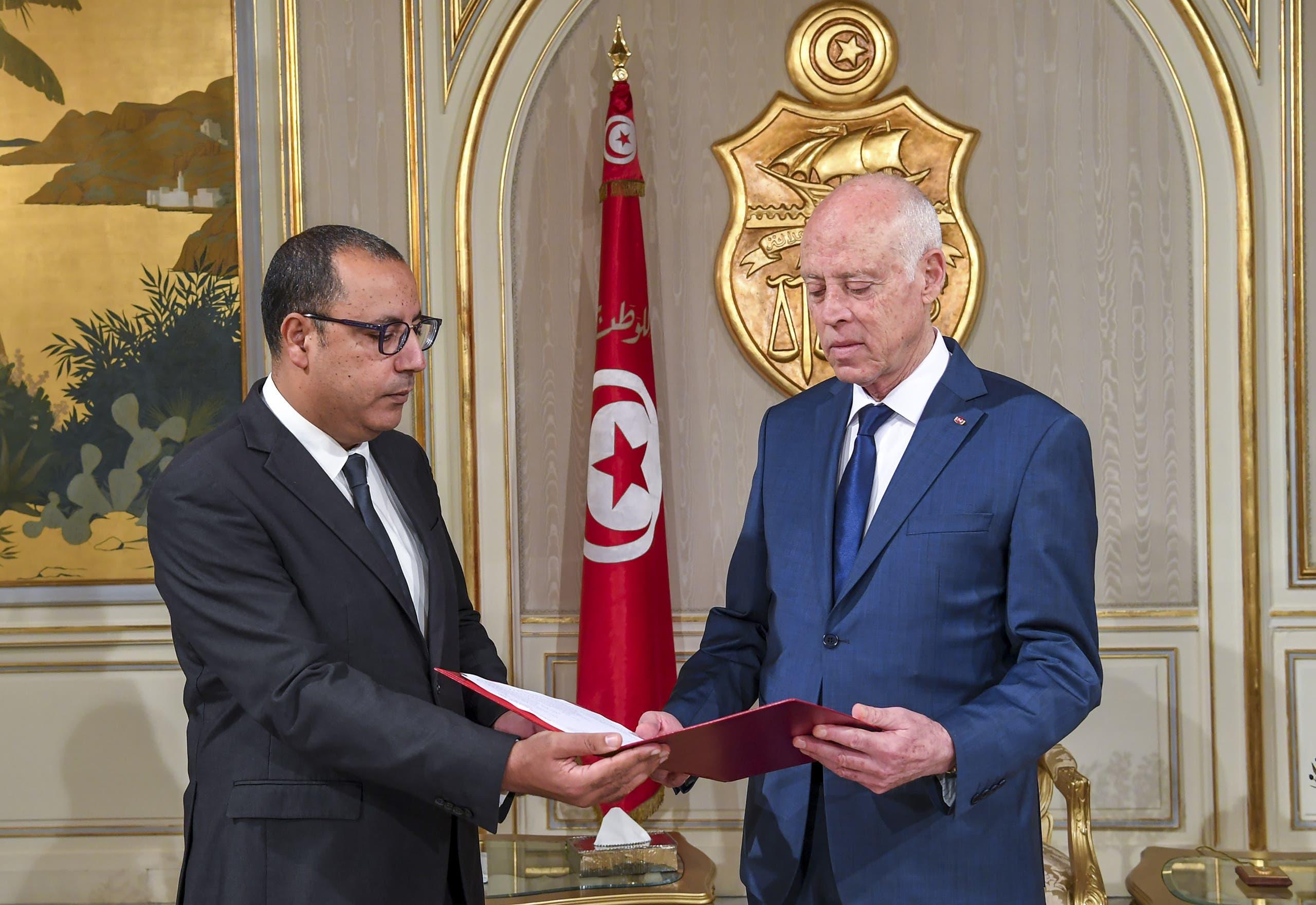 قيس سعيد وهشام المشيشي (أرشيفية)
