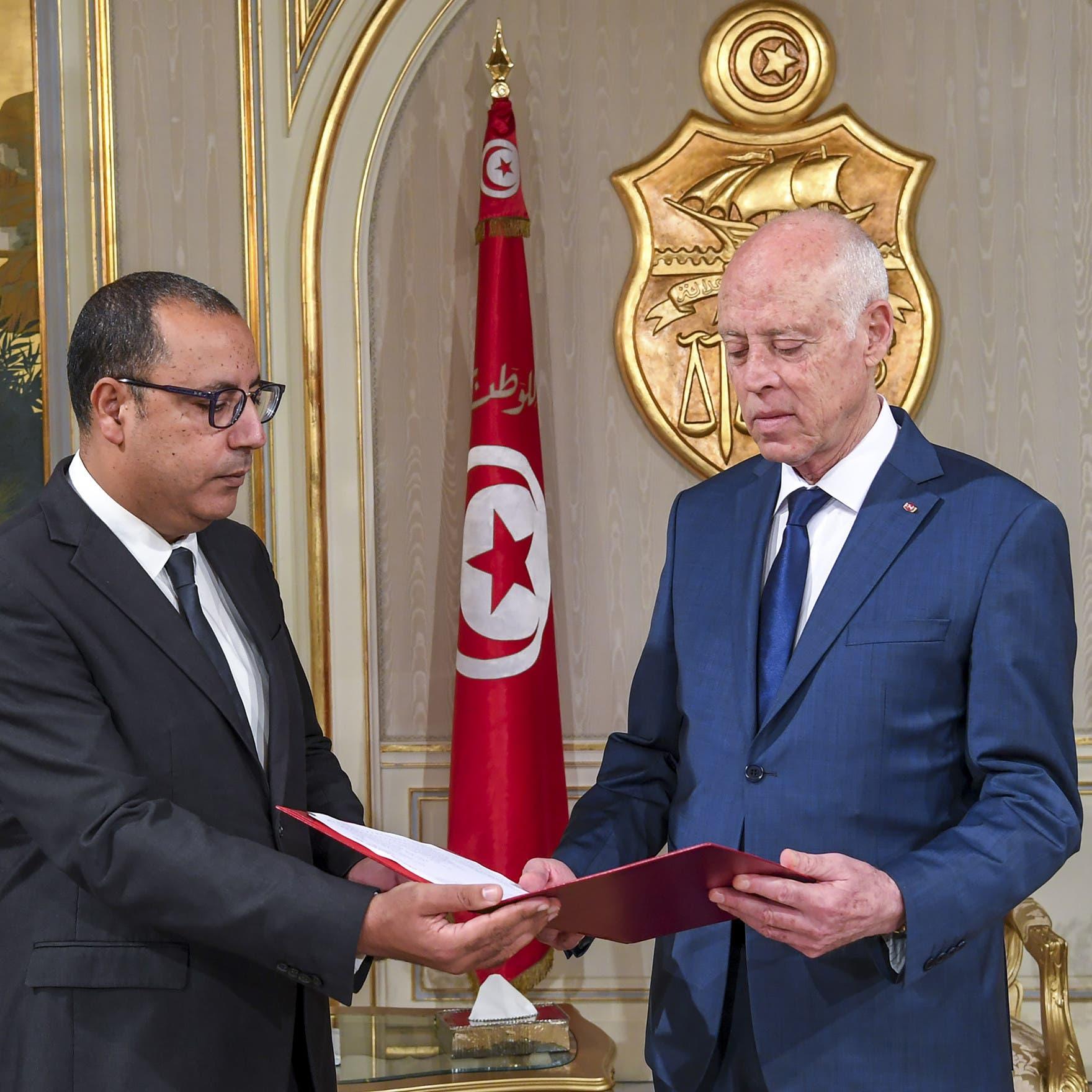 تونس.. سعيّد يرفض التعديل الوزاري المقترح من المشيشي