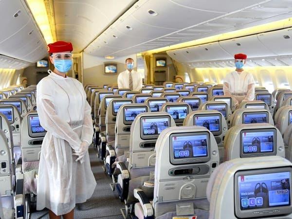 """""""طيران الإمارات"""" تعيد دفع راتب موظفيها بالكامل في هذا التوقيت"""