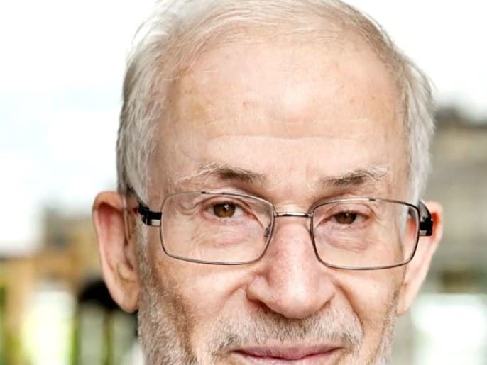 غضب وتمرد في تنظيم الإخوان بسبب تعيين إبراهيم منير قائماً بأعمال المرشد