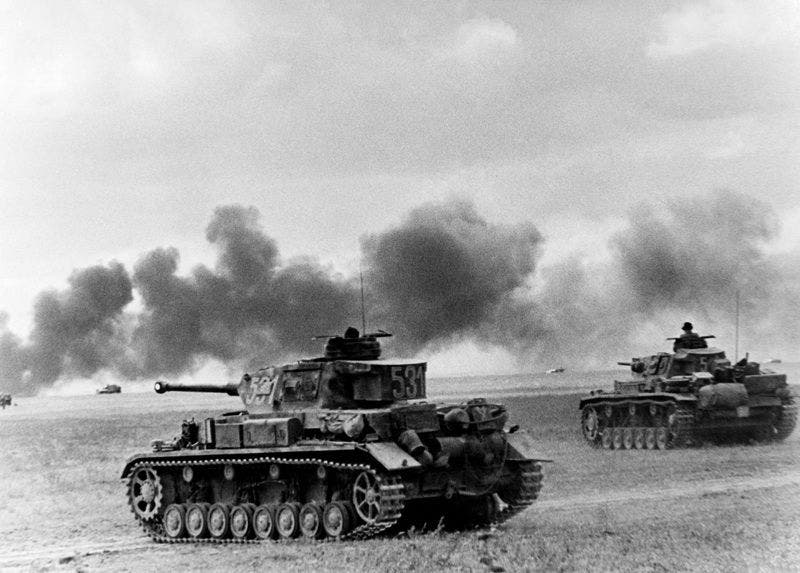 جانب من الدبابات الألمانية بالأراضي السوفيتية