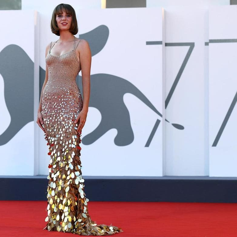 أناقة هوليوودية وأزياء عربية بمهرجان البندقية السينمائي