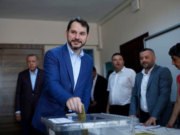 استقالة صهر أردوغان.. نائب تركي معارض يكشف جديدا
