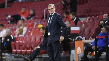 مدرب هولندا غير واثق من البقاء في منصبه