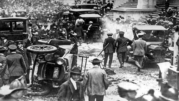شاهد يوم انفجرت في نيويورك أول عربة مفخخة منذ 100 عام