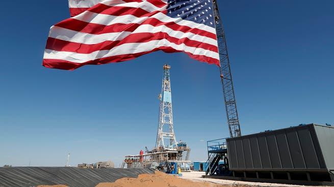 وزير: إنتاج نفط أميركا قد لا يعود لمستوى 13 مليون برميل