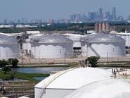 مؤشرات على تخمة جديدة في سوق النفط العالمي