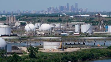 النفط دون 43 دولاراً مع قفزة بإصابات كورونا ومخاوف زيادة الإمدادات