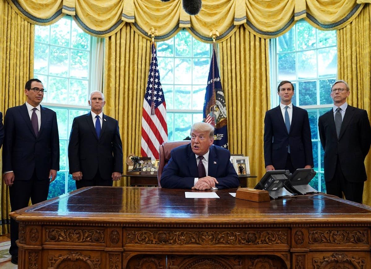 ترامپ در دفتر بیضی (بایگانی)