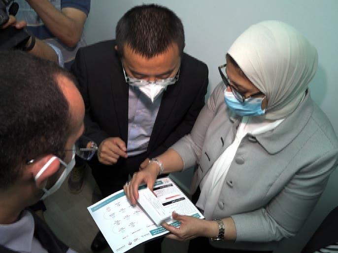 مصر تبدأ تجارب سريرية للقاحين صينيين على آلاف المتطوعين