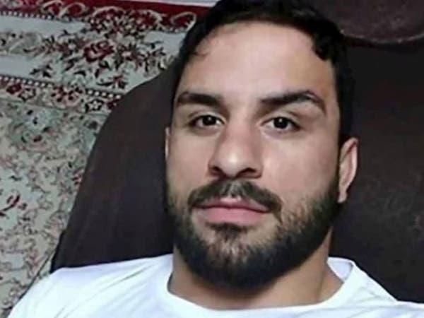 ضرب وتعذيب.. استمع للمصارع الإيراني قبل إعدامه بساعات
