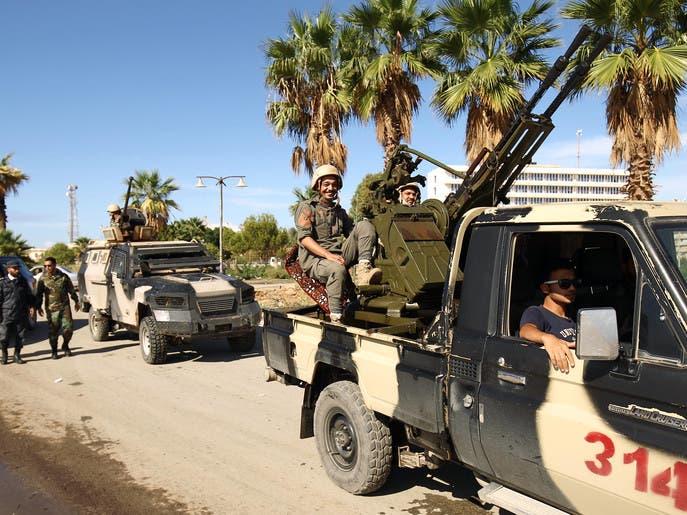 نفط ليبيا معلق.. الجيش يشترط ضمانات لتوزيع عادل