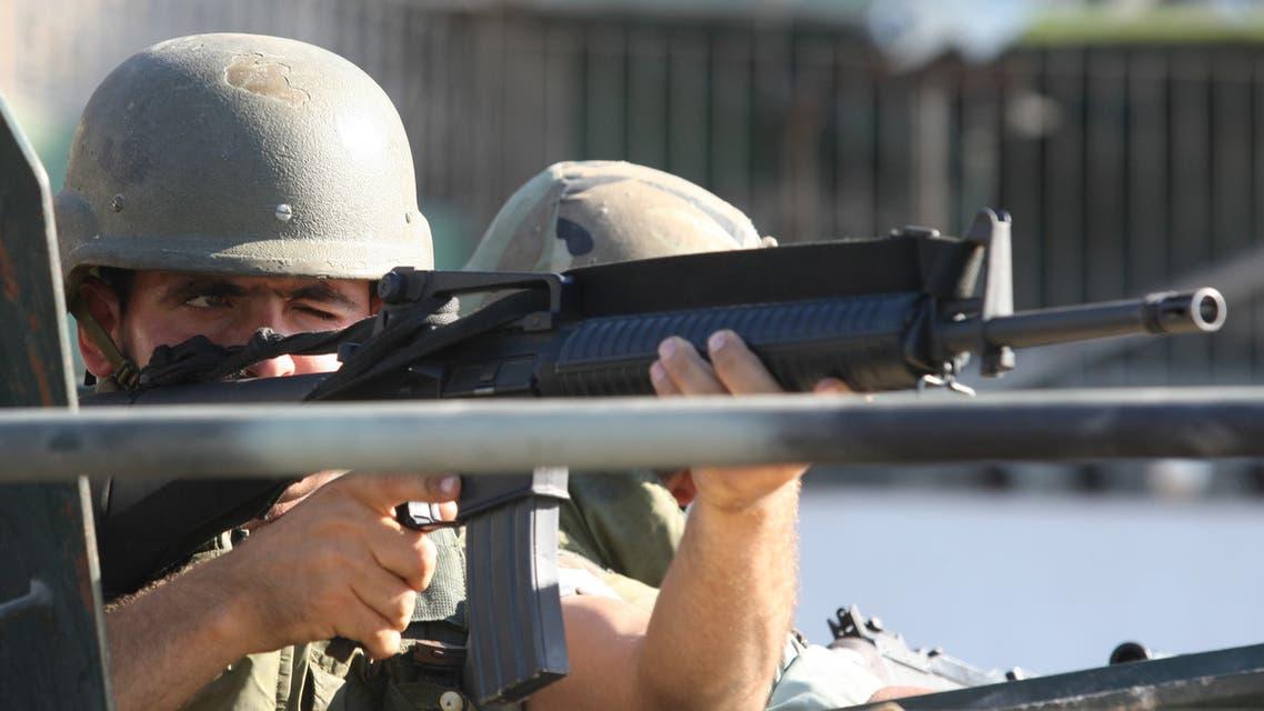 عنصر من الجيش اللبناني