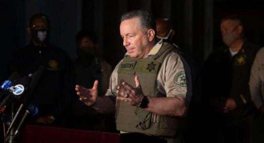 قائد شرطة مقاطعة لوس أنجلوس أليكس فيلانويفا