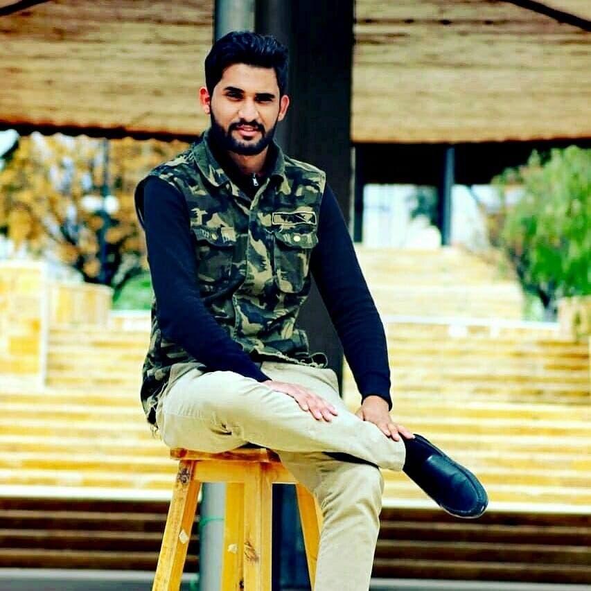الطالب أحمد الشخانبة