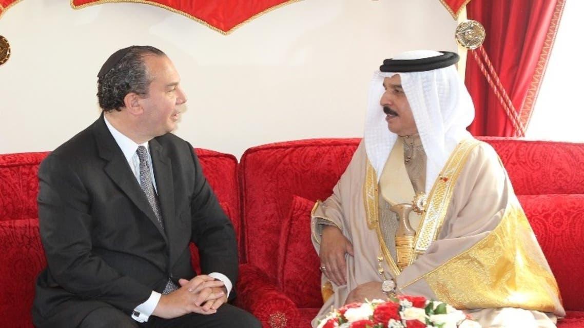 Rabbi Marc Schneier, left, with Bahrain's King Hamad bin Isa Al Khalifa. (Supplied)