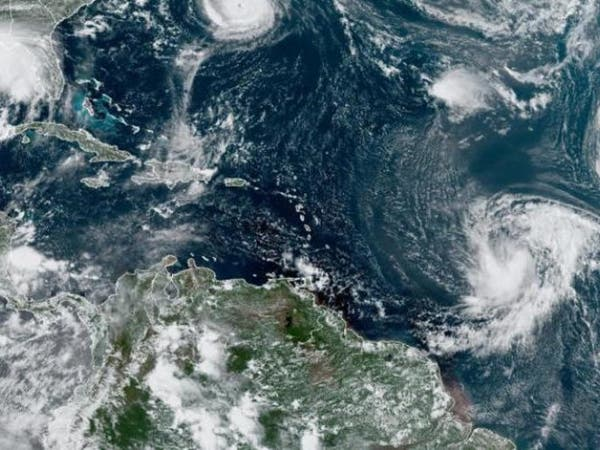 الإعصار سالي يشتد مع اقترابه من السواحل الأميركية