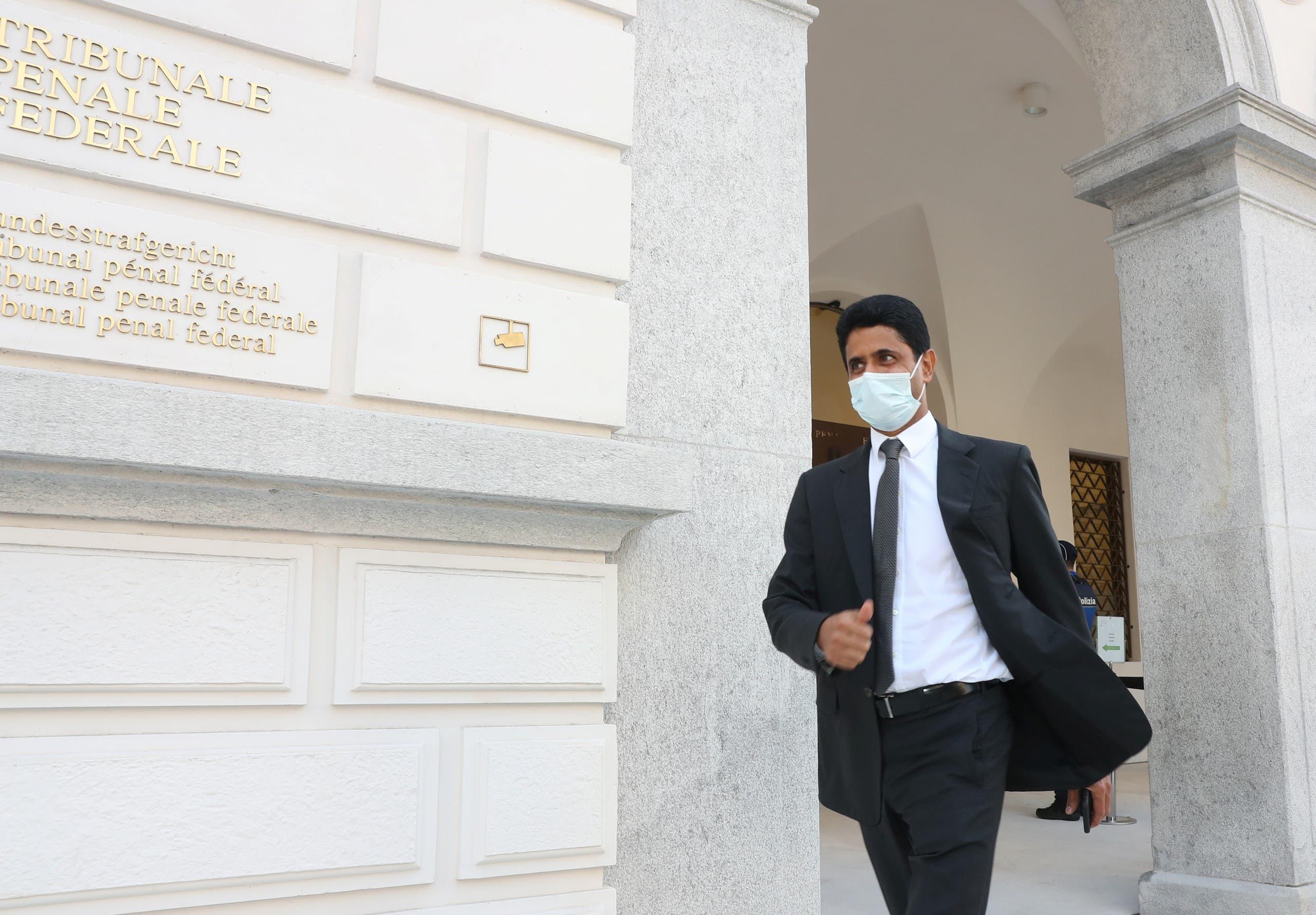 ناصر الخليفي أمام المحكمة