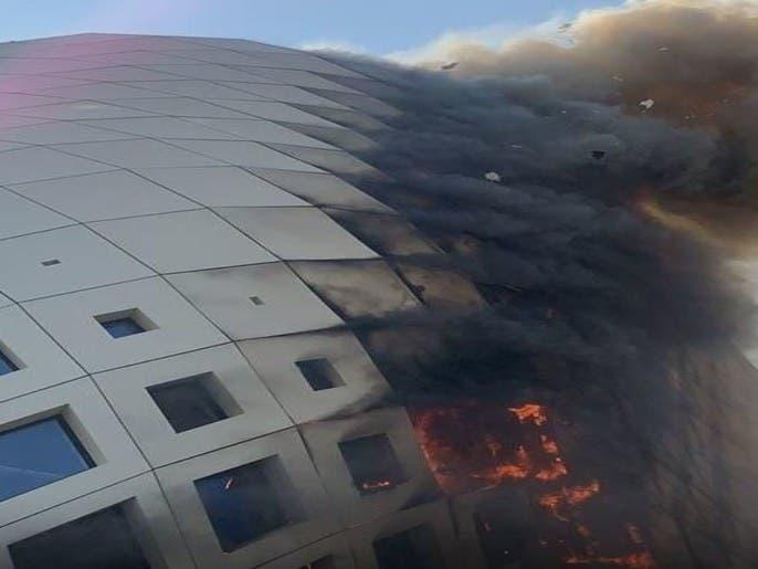 شاهد.. حريق يلتهم مبنى من تصميم زها حديد ببيروت