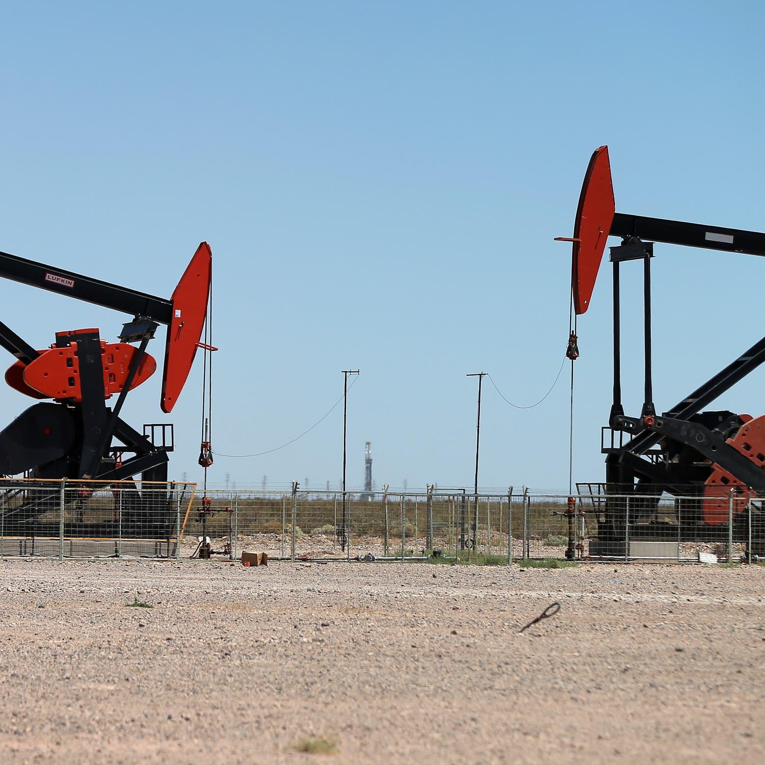 عقود النفط تحقق مكاسب للأسبوع الرابع على التوالي