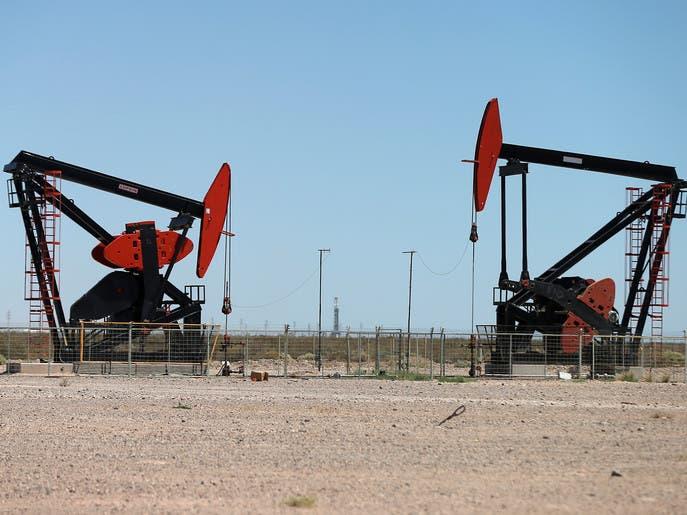 توقعات بمسار هبوطي لأسعار النفط تحت الـ40 دولارا