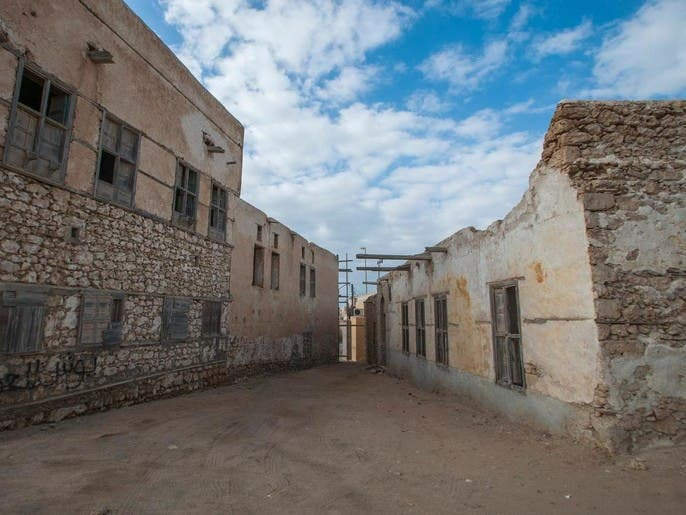 بلدة سعودية من الطين تطل على البحر الأحمر