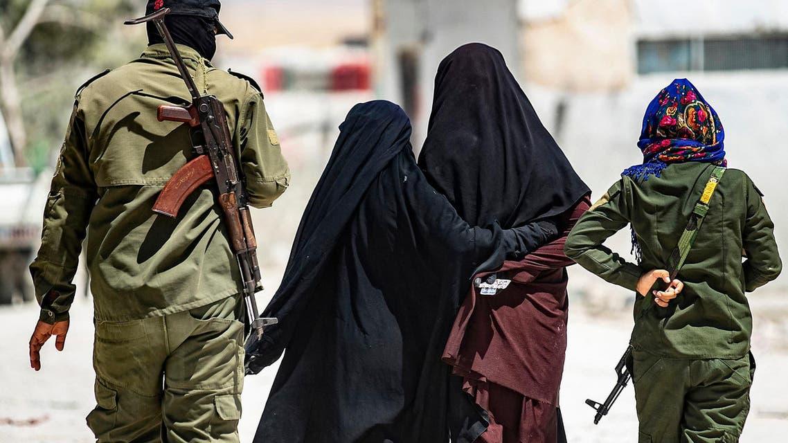 Syria: ISIS women