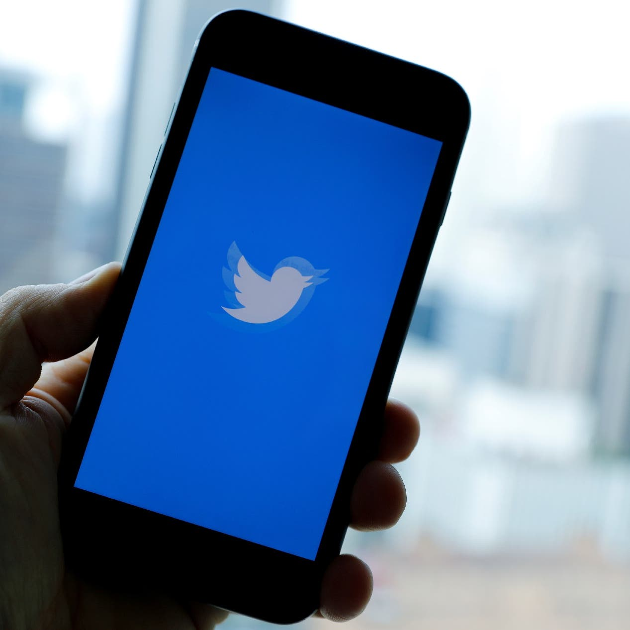 Russian court fines Twitter for failing to delete content considered illegal by Mosco