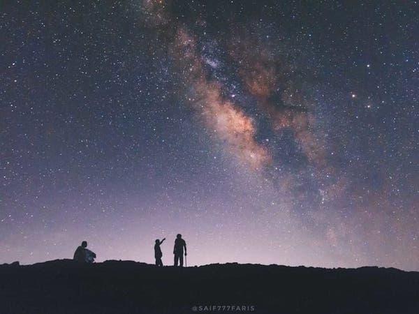 لقطات خلابة.. مصور سعودي يوثق النجوم والبيوت القديمة