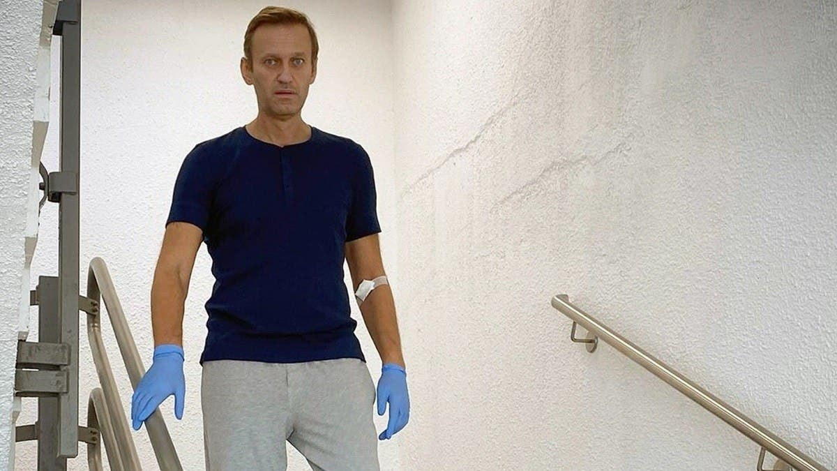 Novichok scientist apologizes to Russian opposition figure Navalny thumbnail