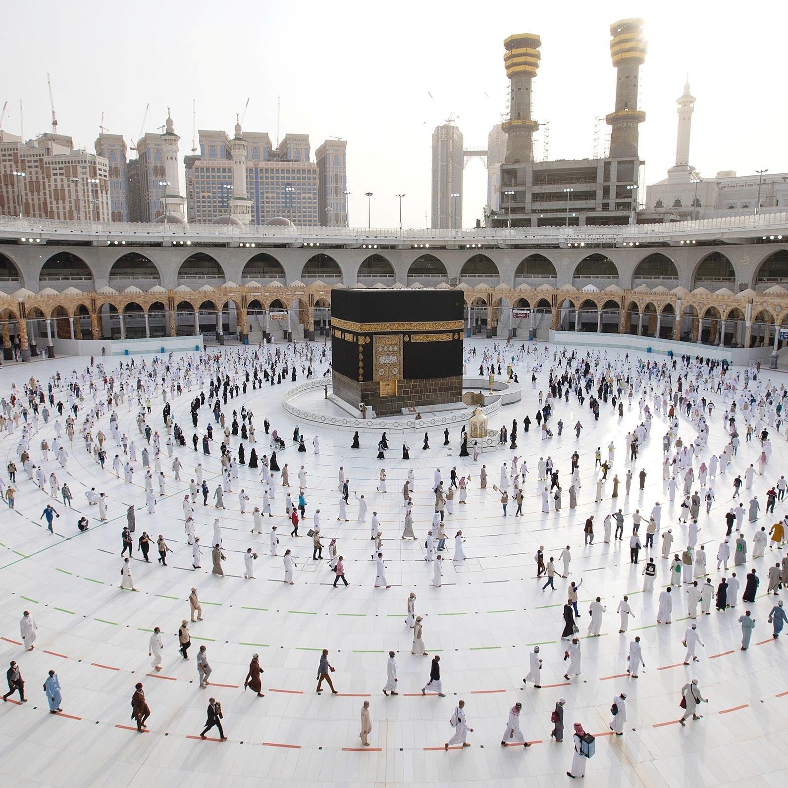 السعودية: قصر الحج هذا العام على المواطنين والمقيمين