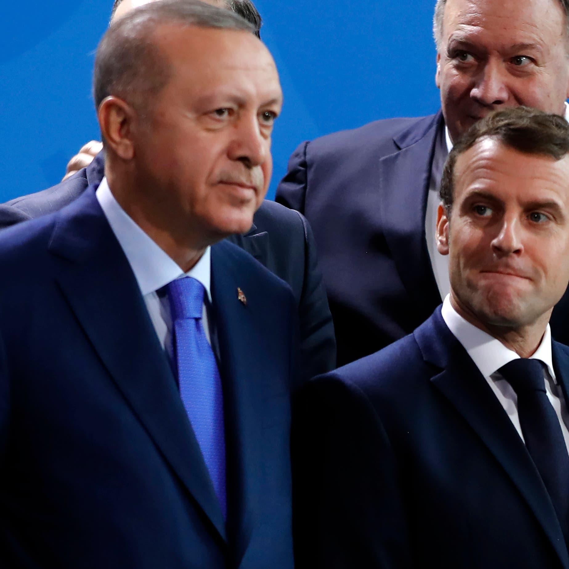 """أردوغان يلين لهجته.. وقمة أوروبا تناقش """"لعبته المزدوجة"""""""