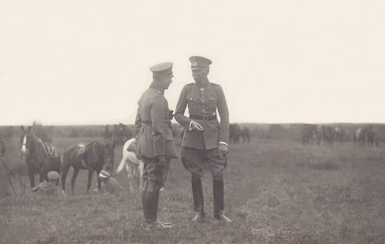 صورة لمسؤولين عسكريين ألمان بالإتحاد السوفيتي