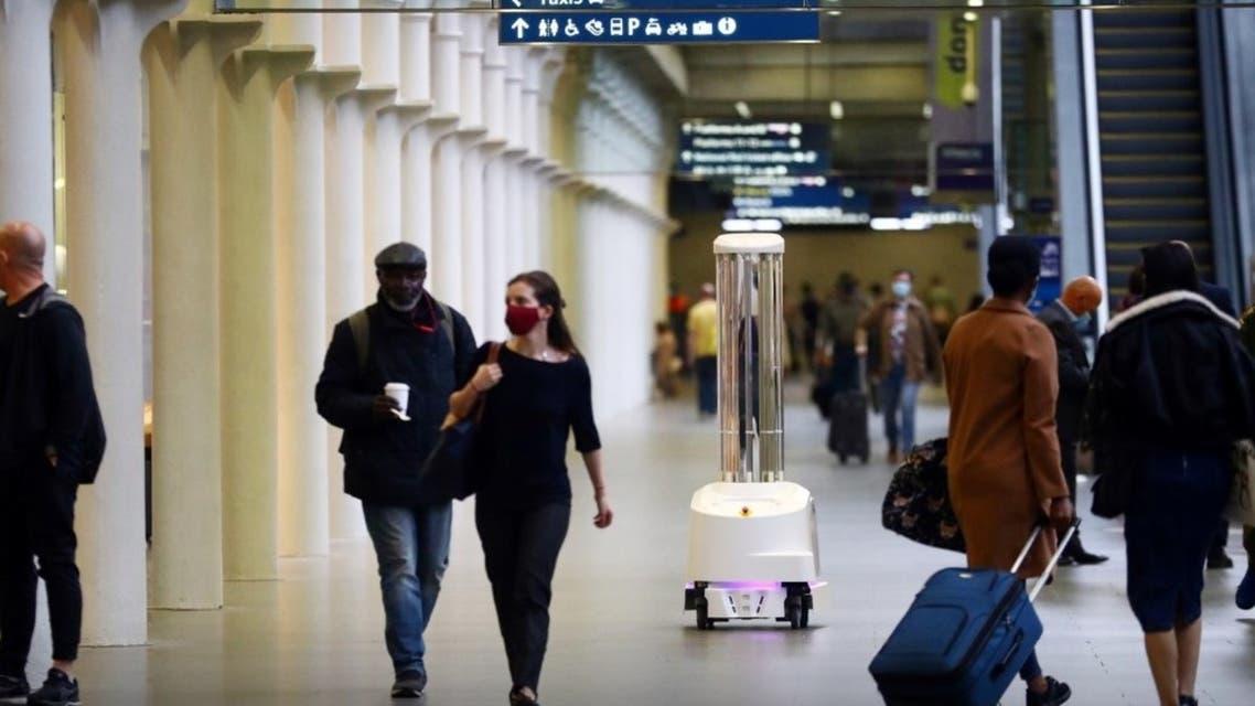 أجهزة روبوت قادرة على قتله باستخدام الأشعة فوق البنفسجية محطة سانت بانكراس إنترناشونال