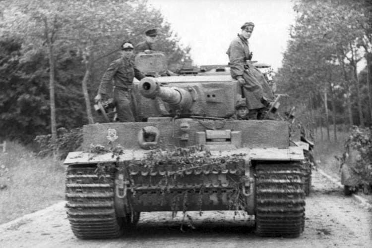 دبابة ألمانية بالأراضي السوفيتية