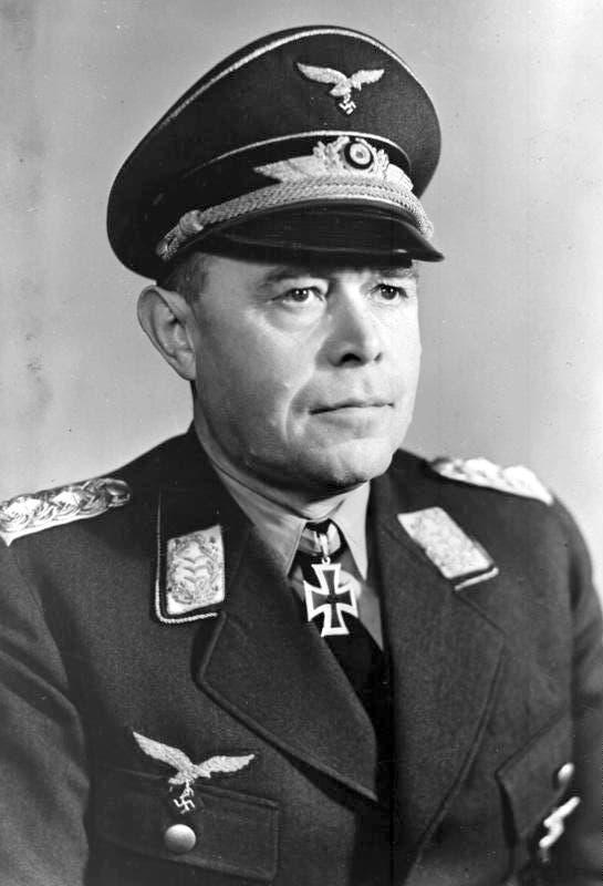 صورة للطيار الألماني ألبرت كيسرلينغ