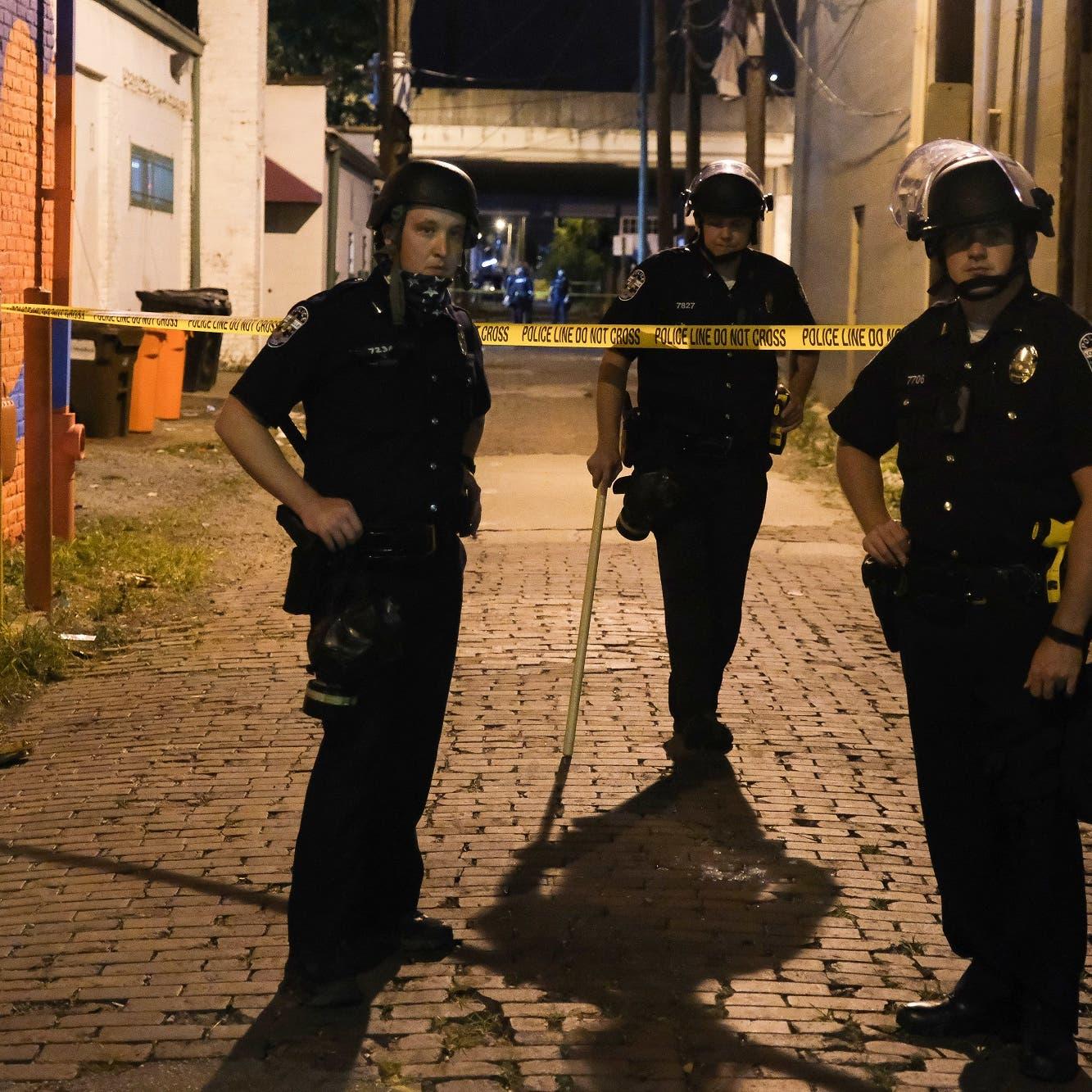 إصابة شرطيين أميركيين بالرصاص خلال احتجاجات في لويفيل