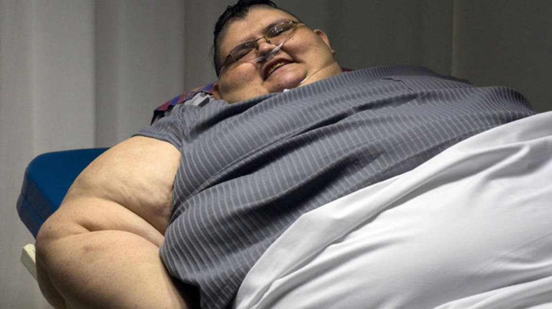 Mexican 32-year-old Juan Pedro Franco, who weighs almost 500 kilograms answers questions during a press conference at the hospital in Guadalajara, Mexico on December 21, 2016. (AFP)